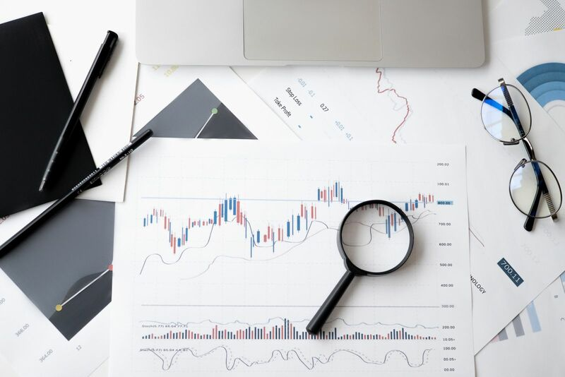 Stocks-Money-Rates - Technical Analysis with Magnifying Glass